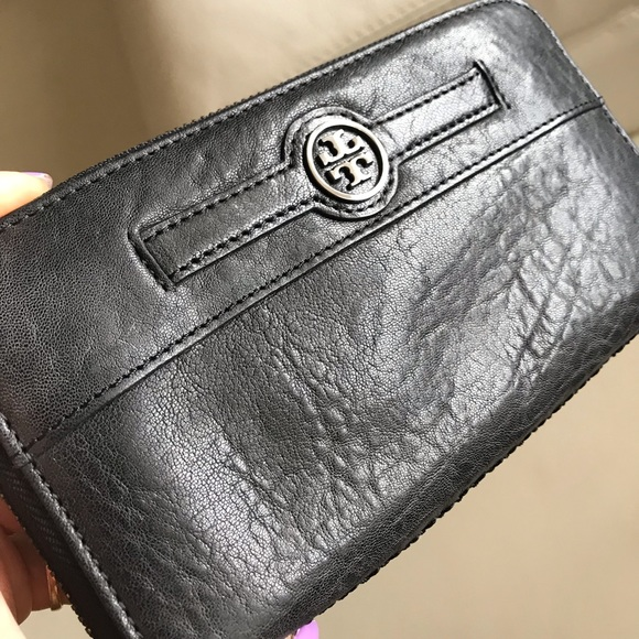 Tory Burch Handbags - New TORU BURCH Women's Leather Wallet